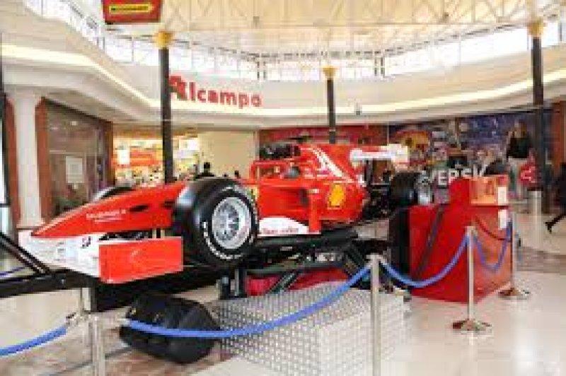 Explotación de maquinas infantiles en parques de bolas y centros comerciales