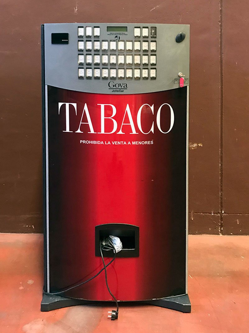 Lote de 2 máquinas de tabaco Goya 32 con billetero