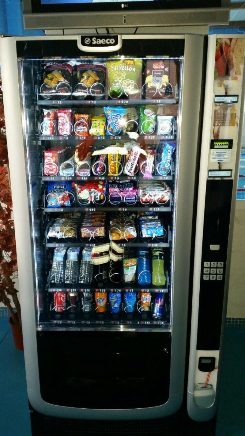 Maquina de snacks Saeco aliseo