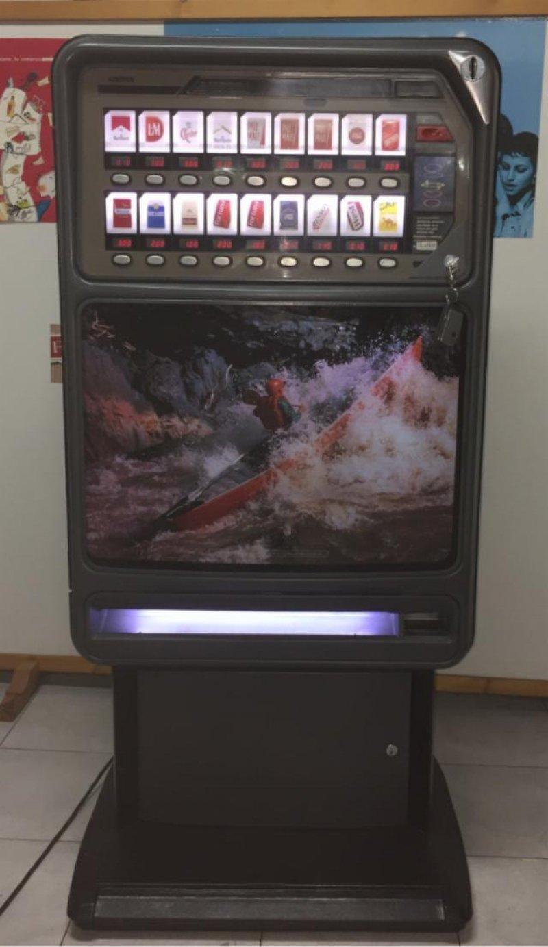 Maquina de tabaco Azkoyen