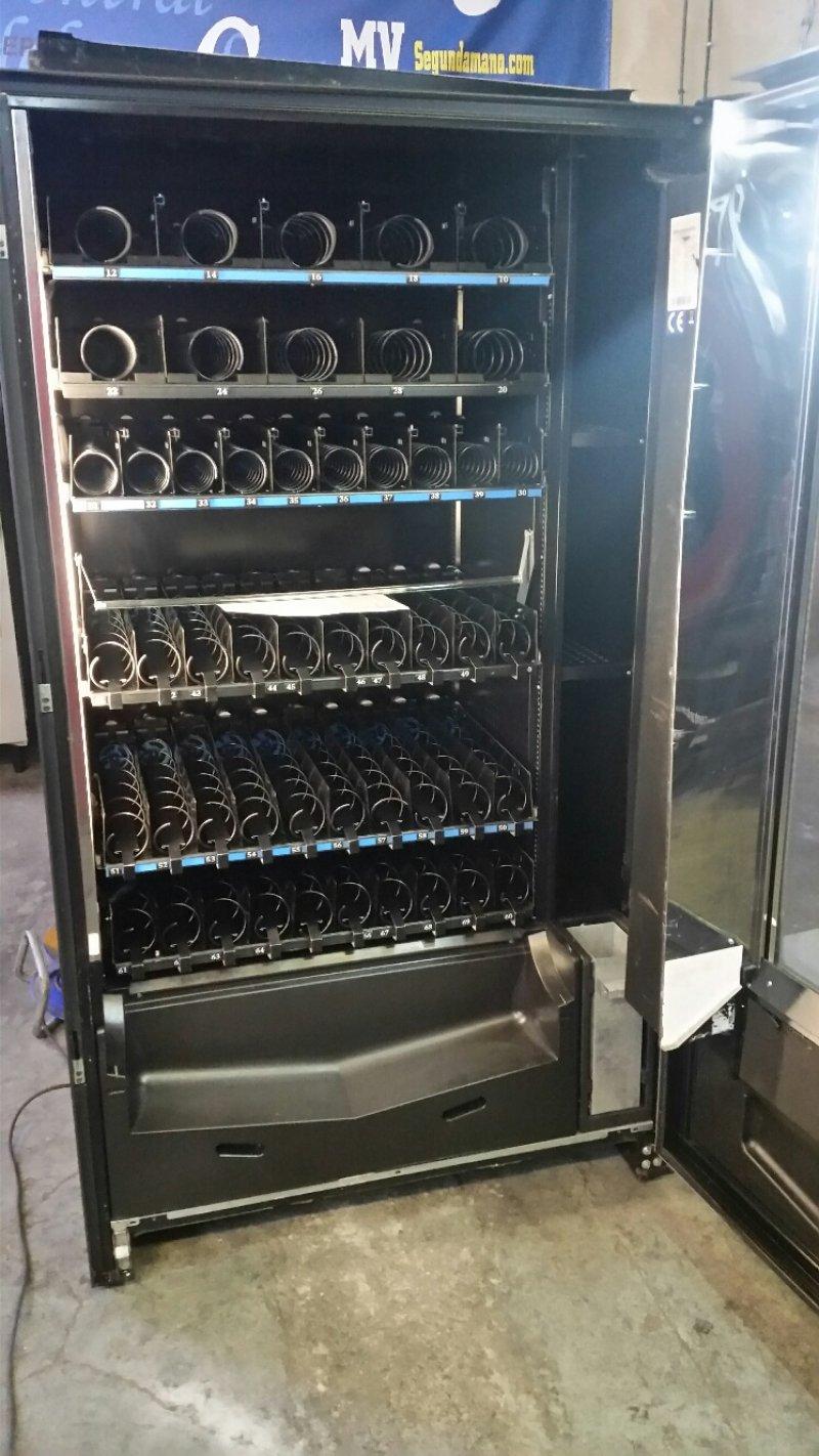 Maquina vending para bebidas frías y snack marca FAS 1050