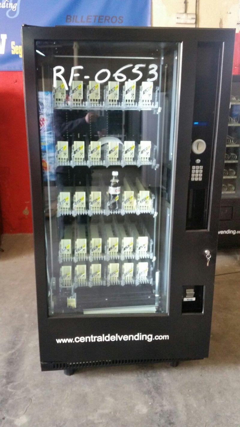 Maquina vending de bebidas robotica G-drink 6