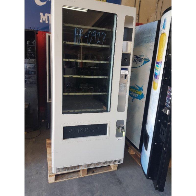 Maquina vending snack y bebidas frías