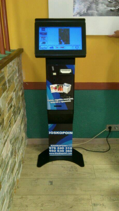 Maquina de Loterías y Apuestas del Estado. Gana 1000 como distribuidor