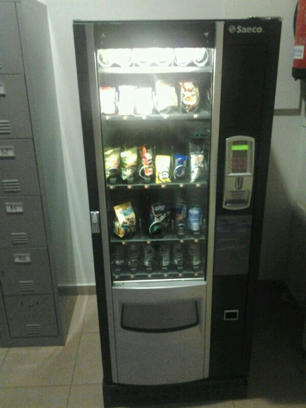 Venta de máquina de snacks Saeco bp 36