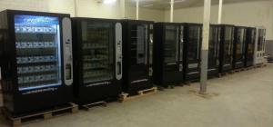 maquinas de vending de snacks y bebidas