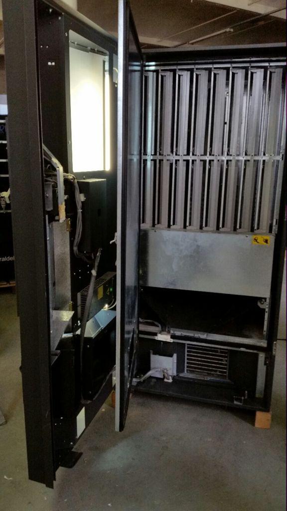 Maquinas vending de refrescos VDI550