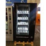 Maquina expendedora vending de bebidas frías