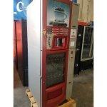 Maquina expendedora vending saeco combi de cafe y snack