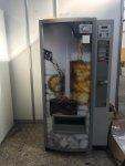 se venden máquinas de refrescos zanussi E