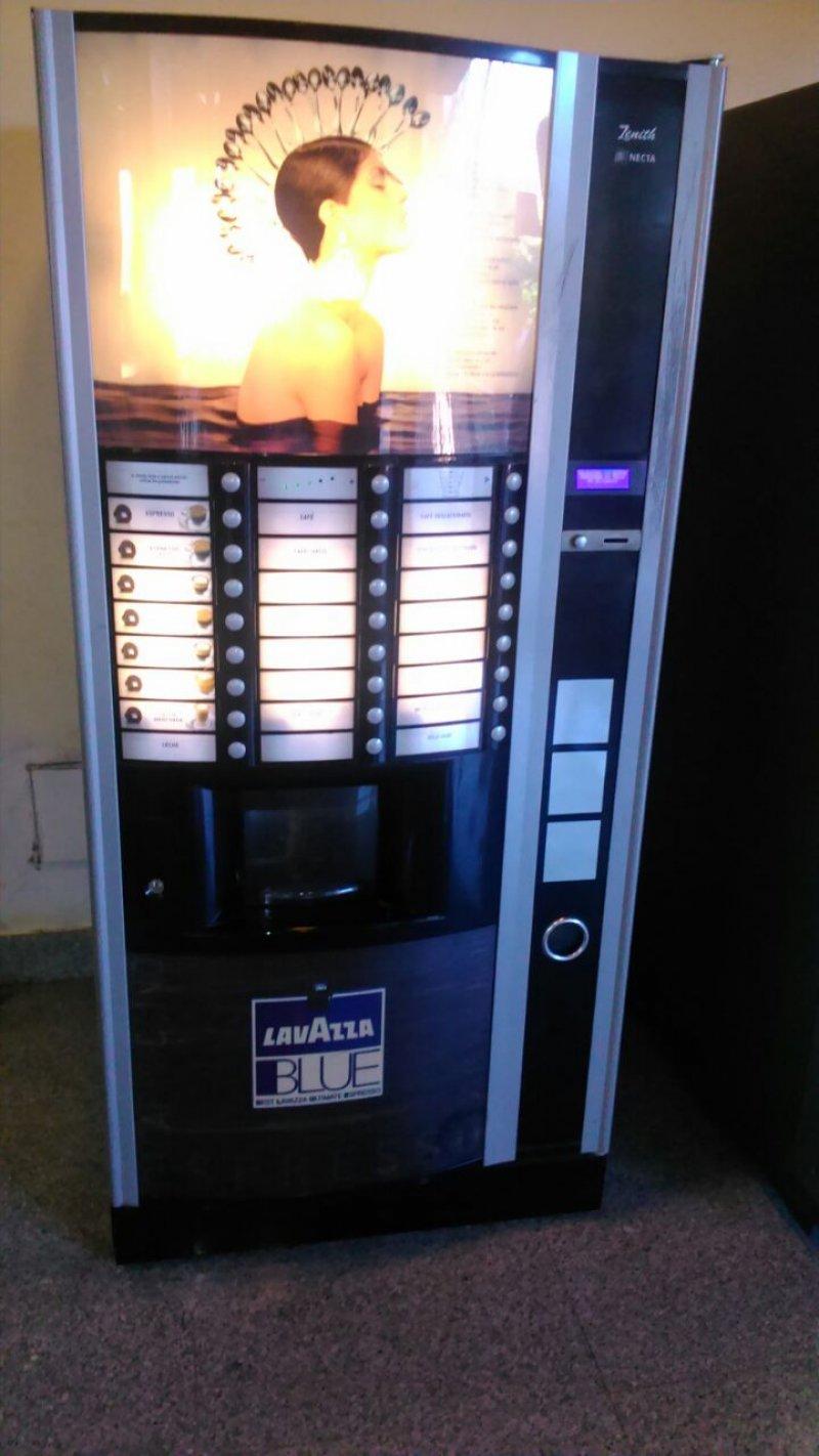 Vendo Máquina de café Lavazza Blue Zenith